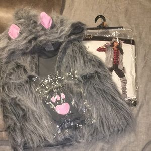 Wolf vest with gloves costume